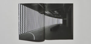 《Carsten Nicolai: Parallax》运用到展会产品目录3枚目サムネイル
