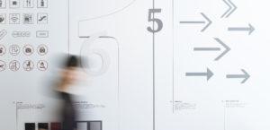 「富山県美術館の目印と矢印」展0枚目サムネイル